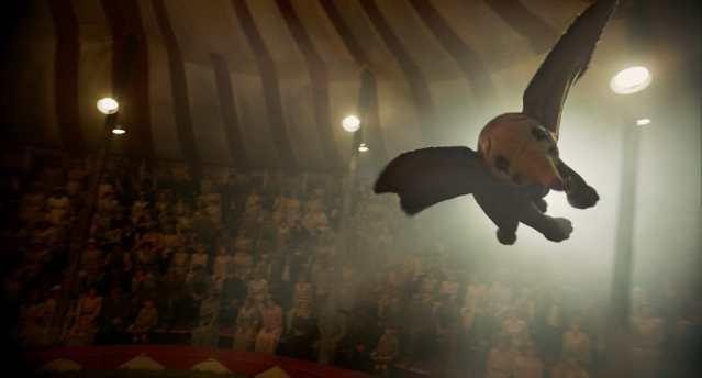 Dumbo em cena
