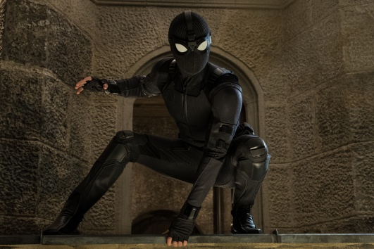 spider-man-far-from-home-swat-DF-23375